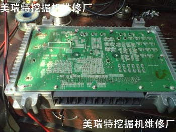 【图集】日立ZX-3挖掘机电脑板维修