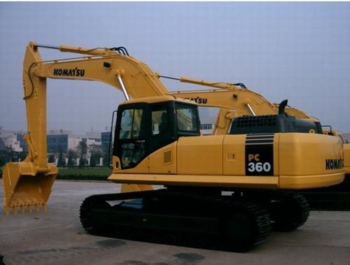 小松pc360挖掘机每小时耗油量是多少?